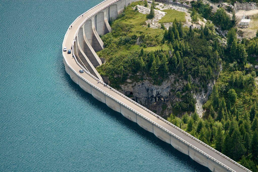 presa energía hidroeléctrica