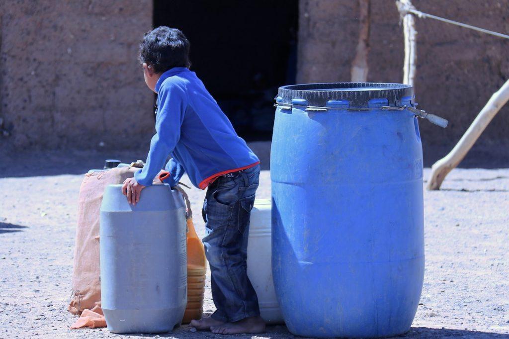 Los países pobres tienen el agua más contaminada