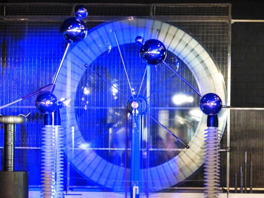 campo eléctrico energía potencial eléctrica