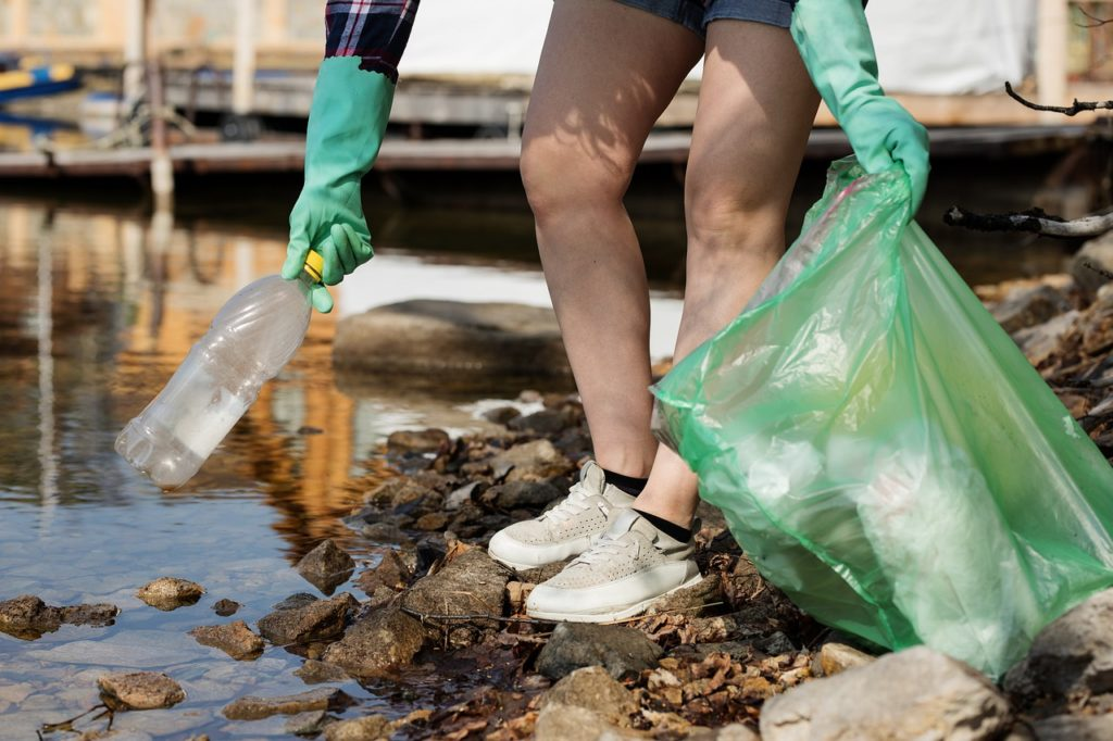 contaminación del agua porqué se produce