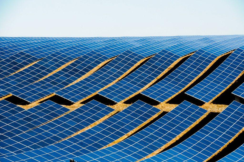tipo de energía solar híbrida