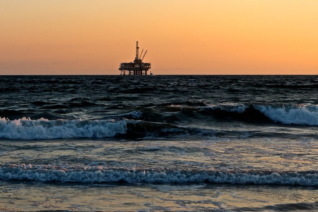 contaminación del agua petróleo