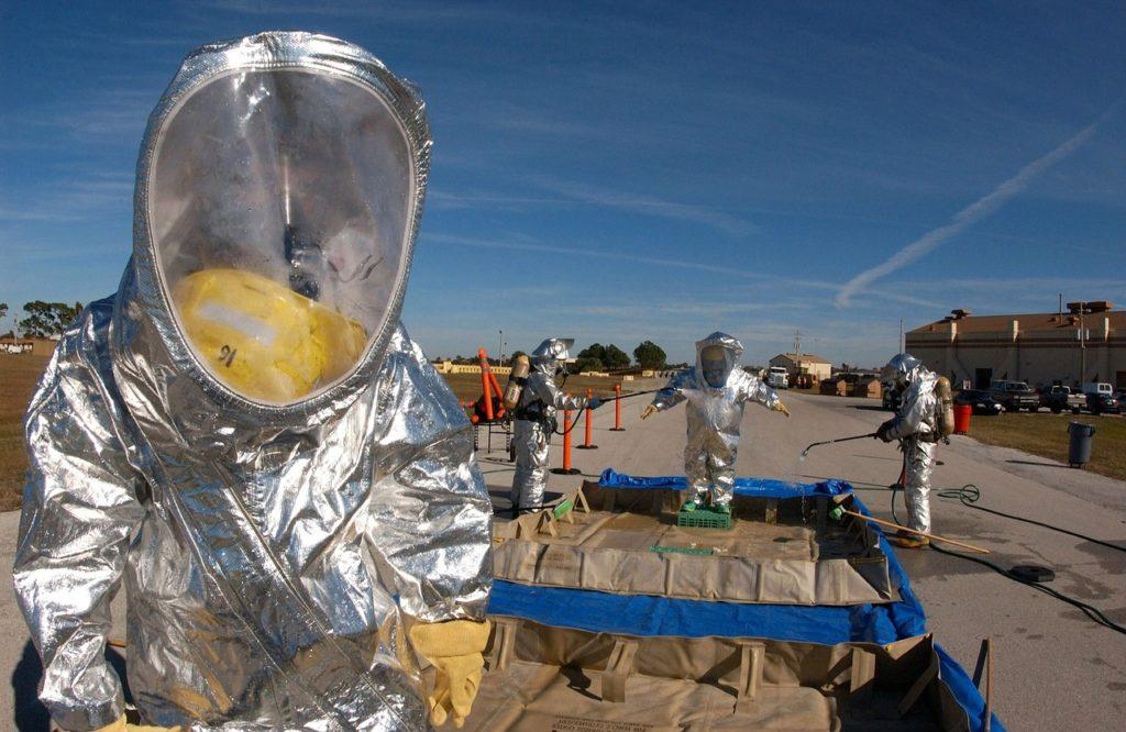 contaminación química material