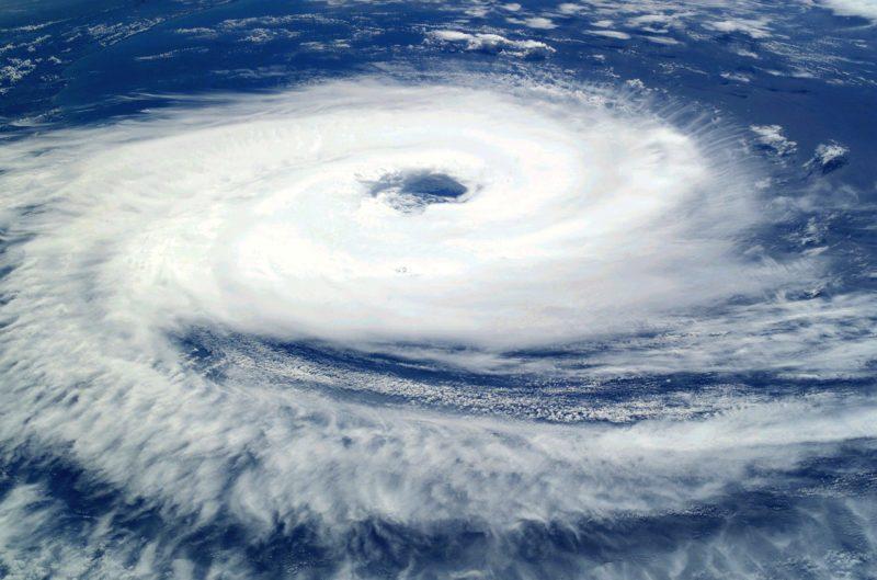 huracán ciclón o tifón