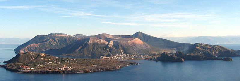 vulcano isla italiano