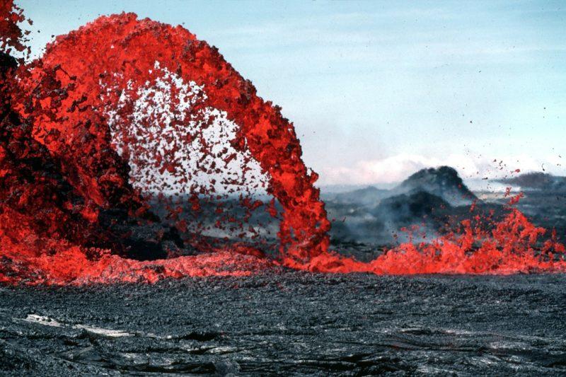 erupción volcánica qué es