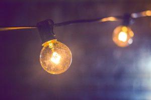 cómo se convierte la energía eléctrica en energía luminosa