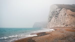 ¿Qué características tiene las regiones con clima costero?