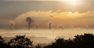El efecto de la tecnología sobre el medio ambiente y la contaminación aire