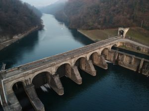 ¿En qué se traduce el efecto de la tecnología en el medioambiente? Abuso del recurso hídrico natural