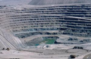 Conservación de los recursos naturales - No a la sobreexplotación minera