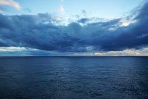 Cuáles son las características del océano Atlántico