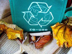 """Cuáles son las tres """"R"""" contra la contaminación - Reciclar - Reutilizar"""